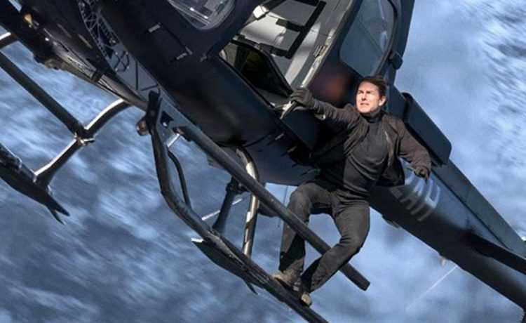 Tom Cruise in Mission Impossible 6 trailer