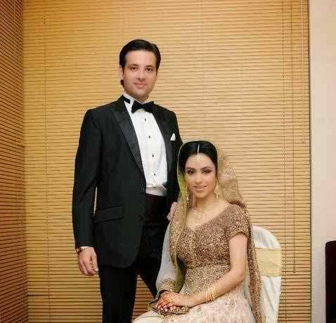 Mikaal-Zulfiqar-and-Her-Wife-Sara-Bhatti-on-Wedding