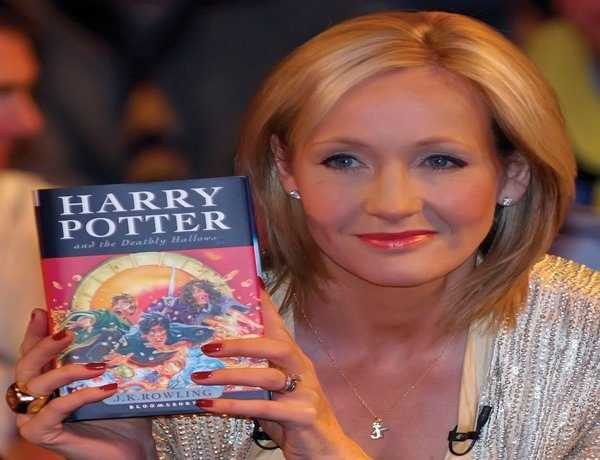 JK Rowling apologises to Potterheads for killing off this 'Harry Potter' character