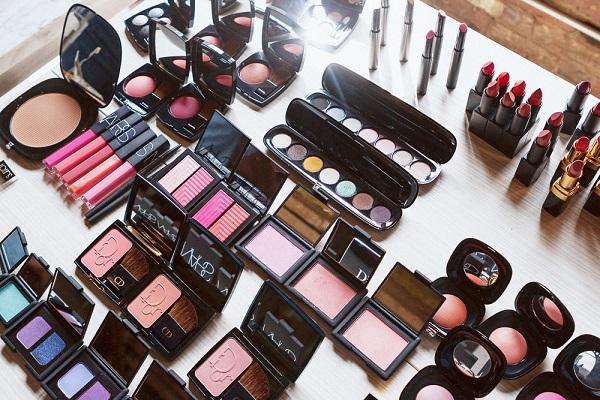 Branded Makeup In Stan