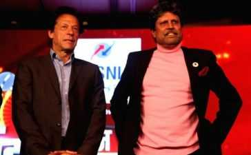former-cricketers-imran-khan-and-kapil-dev-_600x400