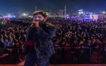 Abrar-ul-Haq_on_Day_01_of_Coke_Fest_in_Lahore_660x420