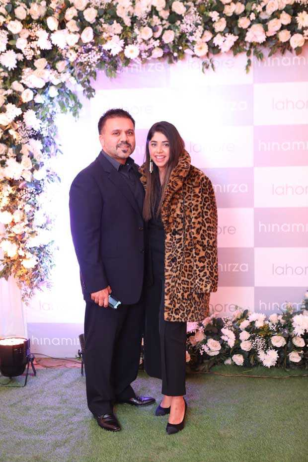 Yasir-Mirza-and-Hina-Mirza-at-the-Hina-Mirza-Store-Launch-3