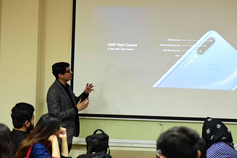 Osama Shaukat talks about the camera technology of HUAWEI P30 Pro