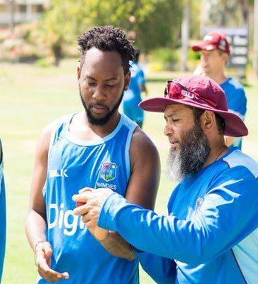 Coach-Mushtaq-Ahmed