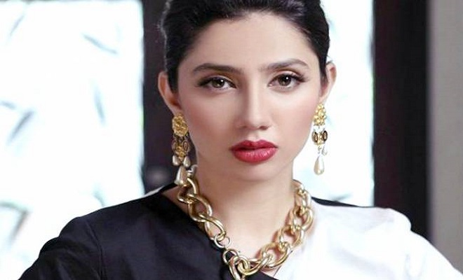 Mahira Khan Shuns the Internet Troll Like A Queen, Once Again! - Oyeyeah