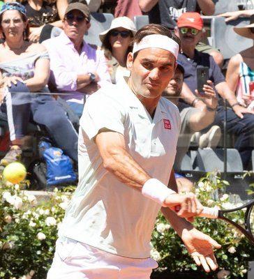 Roger_Federer_620x400