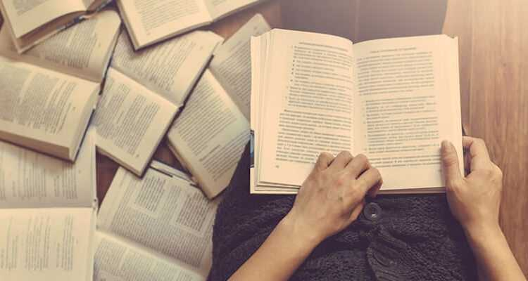 reading-books-min