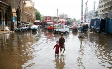 Karachi-rain21_620x400
