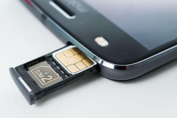 Smartphone Mit 2 Simkarten Slots