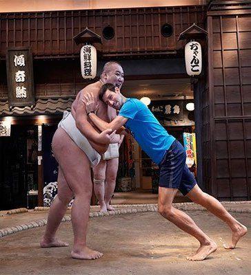 Novak Djokovic turns Sumo wrestler