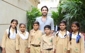 Ali_Rehman_Khan_with_TCF_Kids
