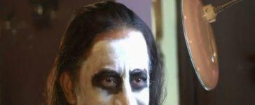 Pakistani Joker Garners Attention for Amazing Makeup Skills