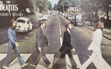 Beatles Classic Abbey Road Tops UK Music Chart After 50 Years