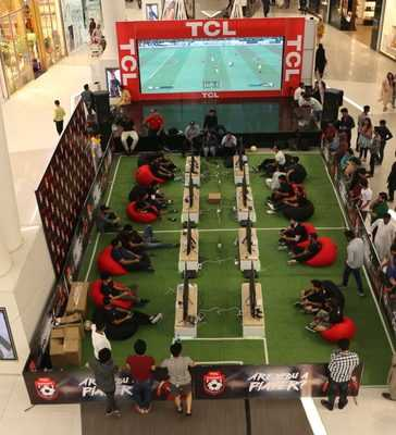 TCL Holds Second Football Gaming Tournament