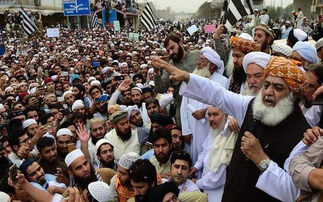 Government Preps for Dealing with Azadi March