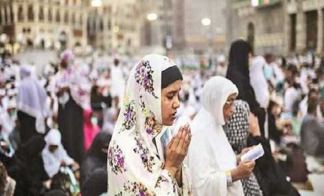 Saudi Arabia might allow women to perform Hajj without a male guardian
