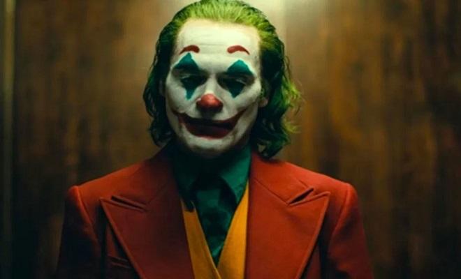 Oyeyeah Reviews Joker - Superficially Captivating