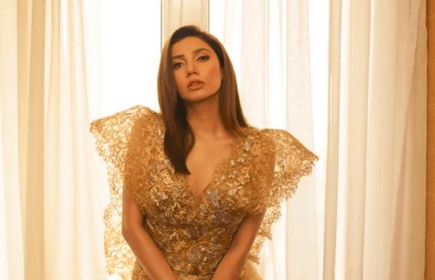 Mahira Khan Becomes Biggest Instagram Personality of Pakistan