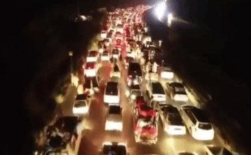 Azadi March Caravan Enters Islamabad through Expressway