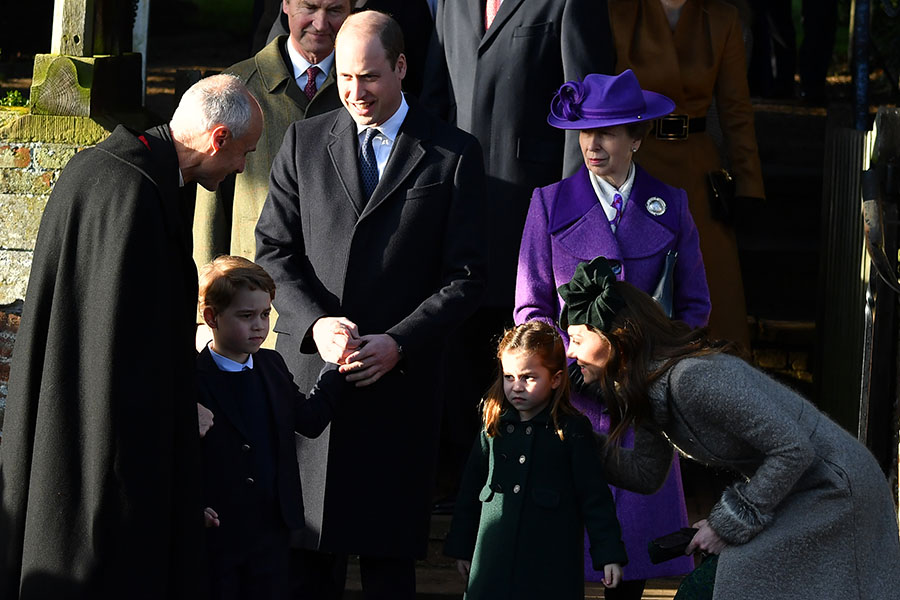 prince william and kate with children
