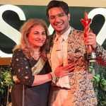 Asim Azhar dedicates first Style Award to mother Gul-e-Rana