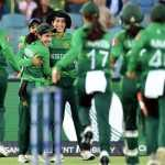 WWT20: Dominant England crush Pakistan