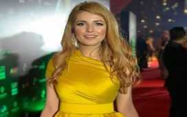 Momina Mustehsan's blonde hair