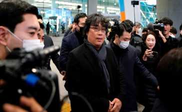'Parasite' director arrival at home