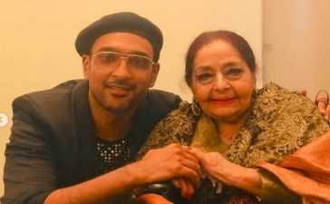 Ali Sethi with Farida Khanum