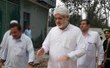 MNA-Munir-Khan