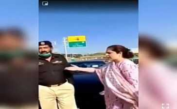 Karnal Ki Biwi' abusing police officer