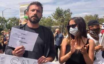 Ben Affleck in protest