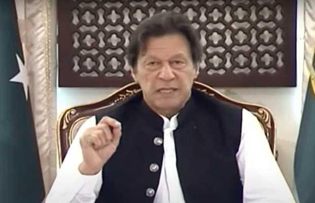 PM Khan while briefing