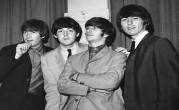 Beatles top music charts