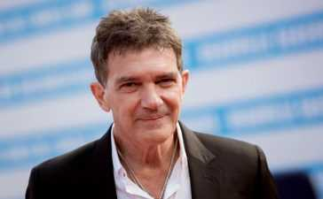 Antonio-Banderas-test-positive