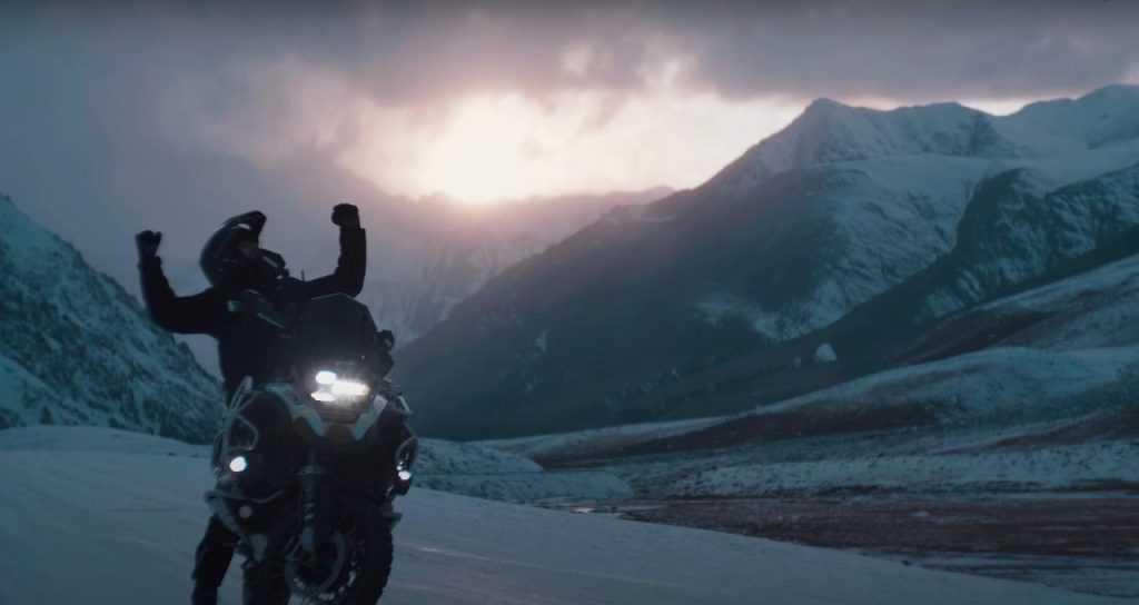 voyaging-on-motorbike
