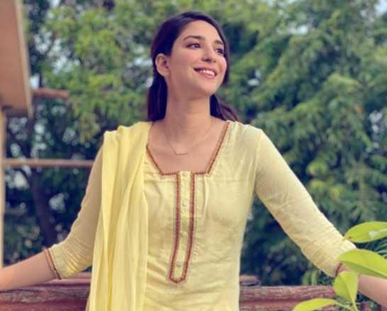 Ramsha Khan-2