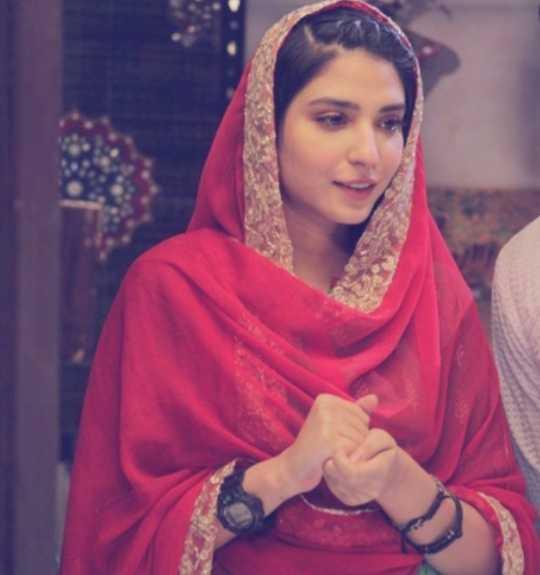 Ramsha Khan-1