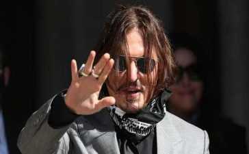 Johnny Depp thanks fans
