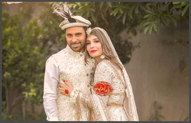 Singer Haroon Rashid with wife