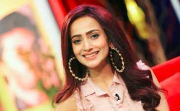 Zarnish Khan Undergoes Sudden Surgery