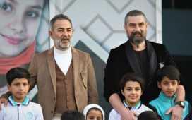 Nurettin Sönmez aka Bamsı Beyrek, Ayberk Pekcan aka Artuk Bey