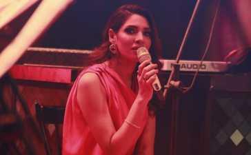 Zhalay Sarhadi singing career