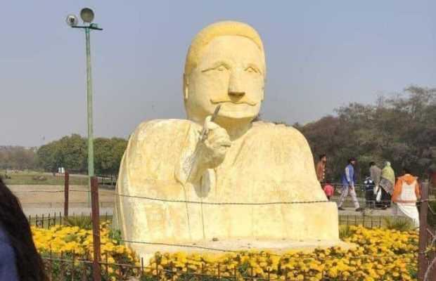 Allama Iqbal's quirky statue