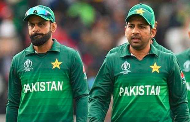 Sarfaraz and Hafeez's Twitter Spat