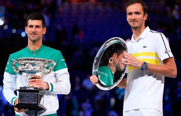 Djokovic beats Daniil Medvedev
