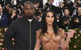 Kim Kardashian files for divorce