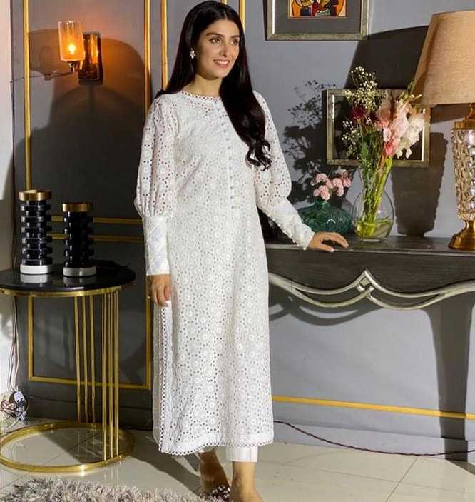 Ayeza Khan's fashion sense-6