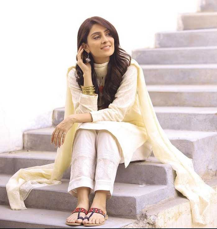 Ayeza Khan's fashion sense-7